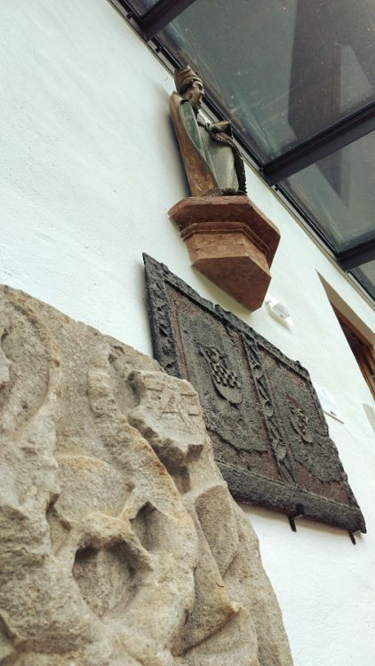 Leogang Gotik- und Bergbaumuseum Grabsteine