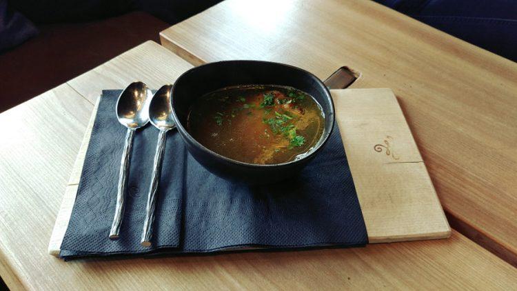 Leogang mamam thresl suppe kaspressknoedelsuppe pressknoedel