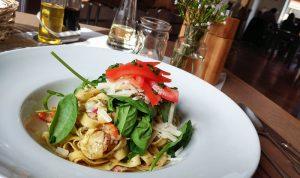 Rosenheim Restaurant Glückspilz Speise Pasta Gericht