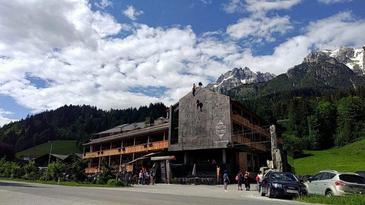 hotel mama thresl leogang klettersteig kletterwand