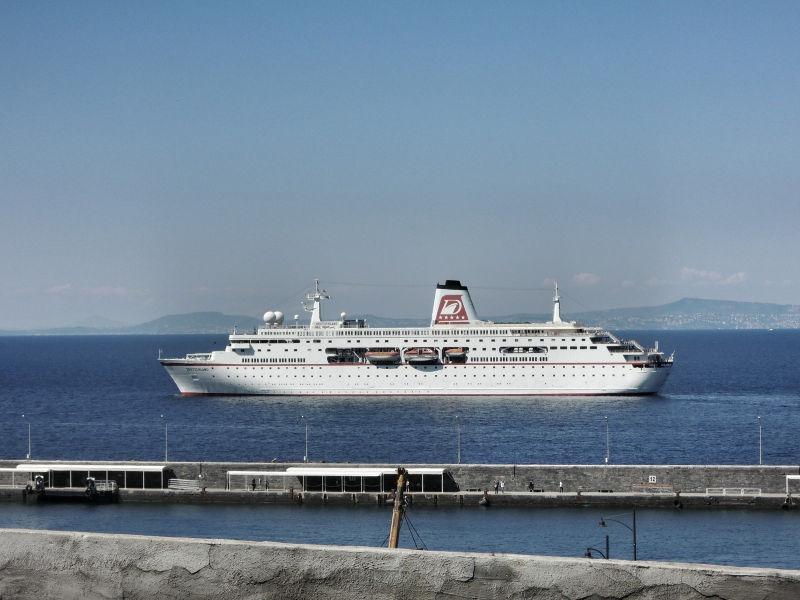 MS Deutschland auf See, 7 Fragen an Becci Plessl, Wanderhunger