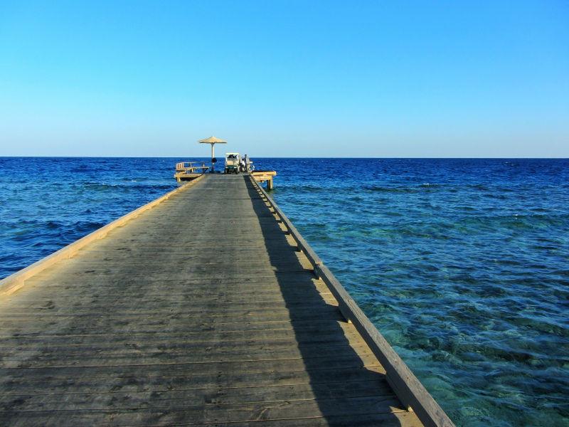 Der Tauchsteg des Hotels Breakers in der Soma Bay, Ägypten, Wanderhunger, tauchurlaub