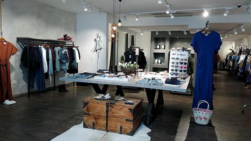 Shopping in Wels, Valerie, Kleidungsgeschäft, Tag in Wels