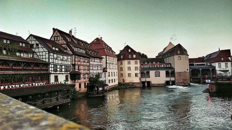 Fachwerkhäuser in La Petite France in Straßburg, Ill, Schleuse, Wanderhunger, Fotostrecke