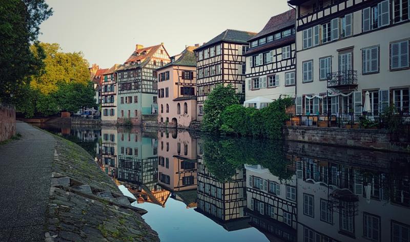 La Petite France im Sonnenaufgang, Strassburg, Wanderhunger