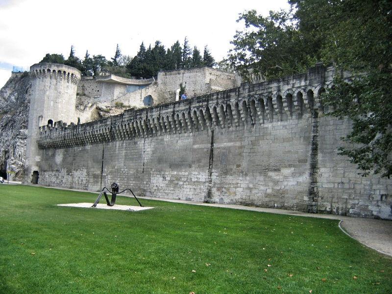 Stadtmauer in Avignon, Wanderhunger, Avignon Fotostrecke, Bilder