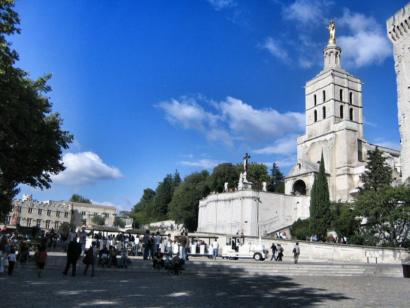Der Turm der Kathedrale von Avignon, Wanderhunger, Avignon Fotostrecke