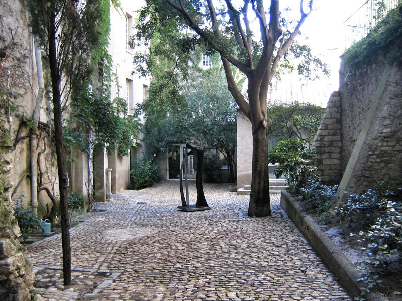 Kleine Gässchen und Gassen in Avignon im Sommer, Wanderhunger, Avignon in Bildern, Fotostrecke