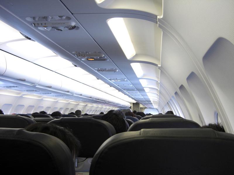 Economy Class und unbequeme Sitze bei Langstreckenflüge, Wanderhunger, Tipps für Flüge