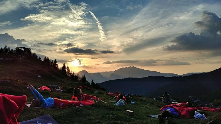 Nach der ersten Yogaeinheit bei Yoga auf der Alm mit Soulshineyoga ein toller Sonnenuntergang. Wanderhunger