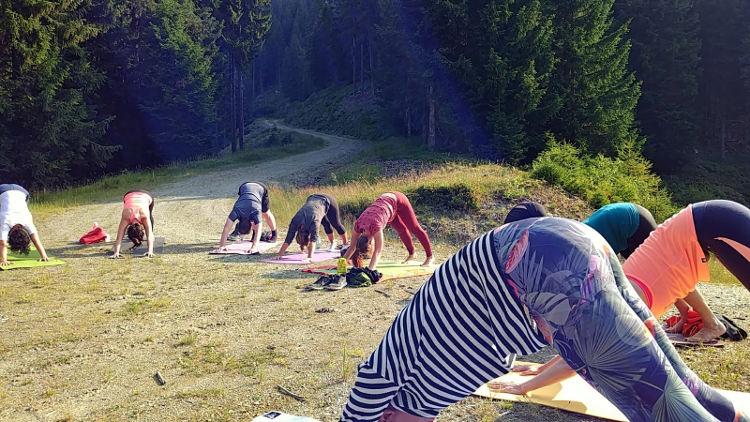 Die letzte Morgenyogaeinheit von Yoga auf der Alm mit Soulshineyoga. Wanderhunger.