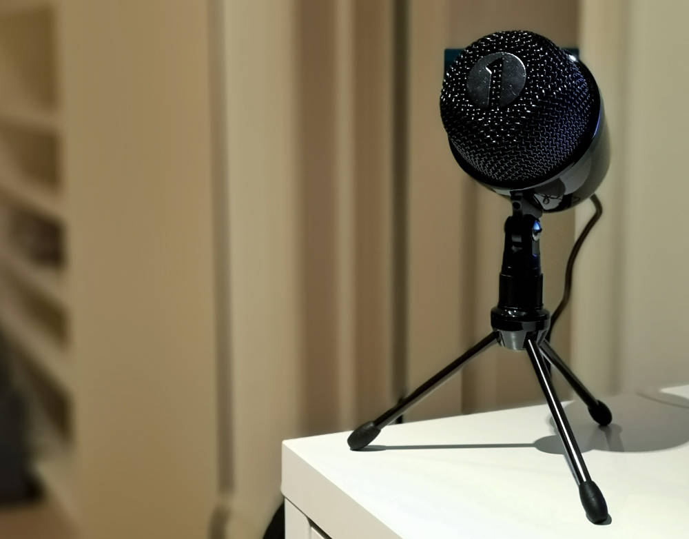Mein ibyone USB Mikrofon für den Podcast Auswanderhunger von Wanderhunger Reiseblog Travelblog.