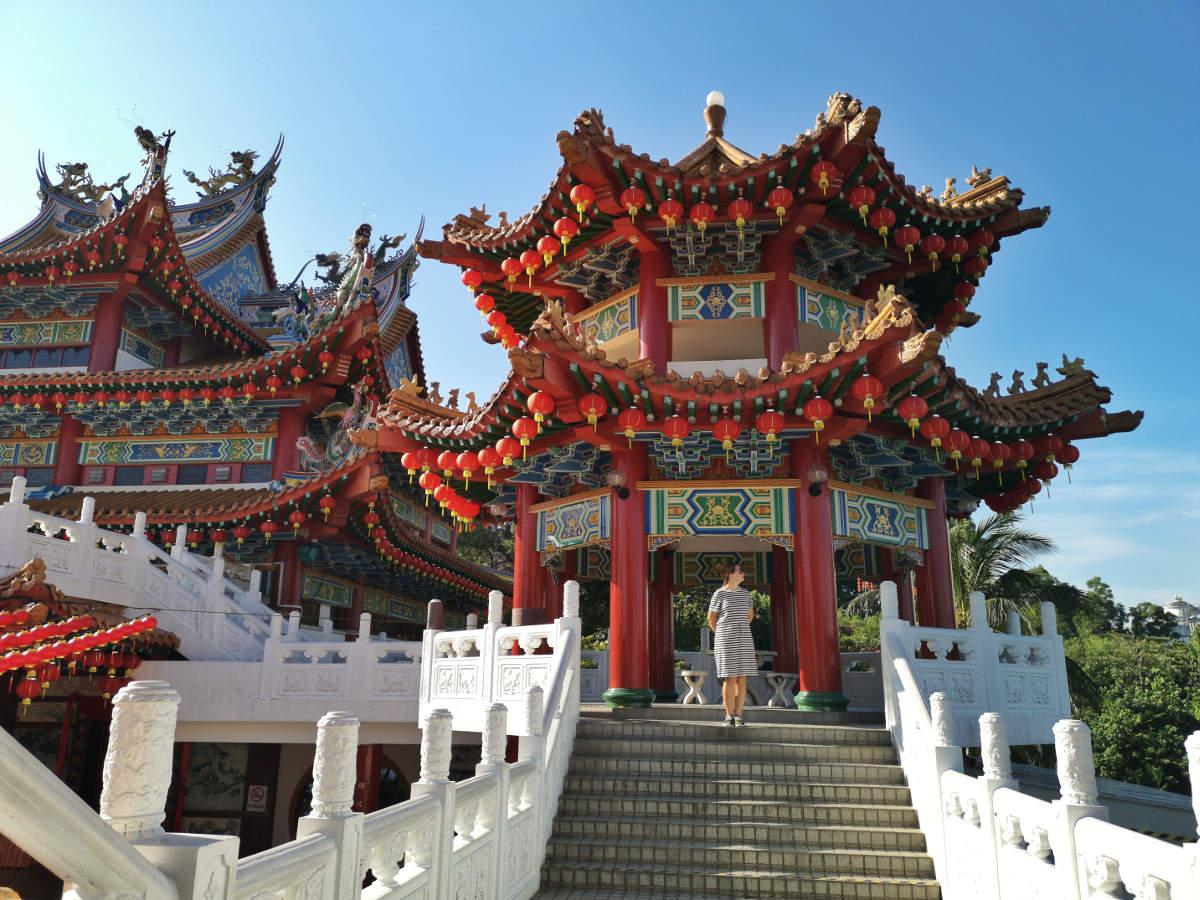 Im Obergeschoß des Thean Hou Tempels in Kuala Lumpur bieten sich dem Besucher zahlreiche wunderschöne chinesische Details. Wanderhunger