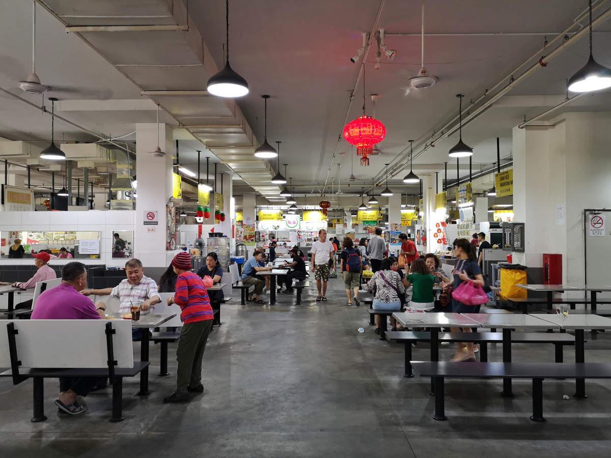 Der Imbi Market, eine Street Food Halle in Kuala Lumpur, wo Touristen eine Seltenheit sind. Wanderhunger